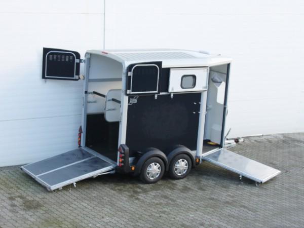 Pferdeanhänger HB506 mit Frontausstieg Klappenkombi, schwarz