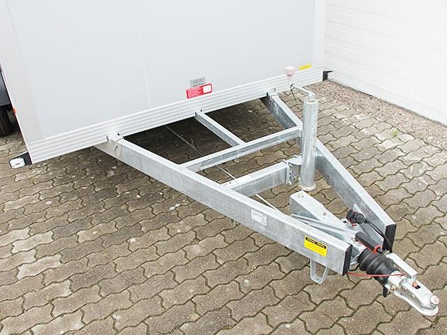 sandwichkoffer 175x366cm 2 6t mit rampe kofferanh nger. Black Bedroom Furniture Sets. Home Design Ideas