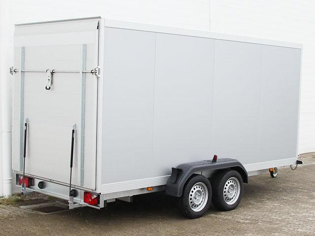 koffer 175x426cm h he 190cm 2 6t mit rampe. Black Bedroom Furniture Sets. Home Design Ideas