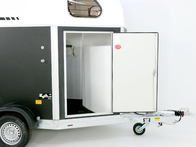 gold first sattelkammer aluboden cheval liberte. Black Bedroom Furniture Sets. Home Design Ideas